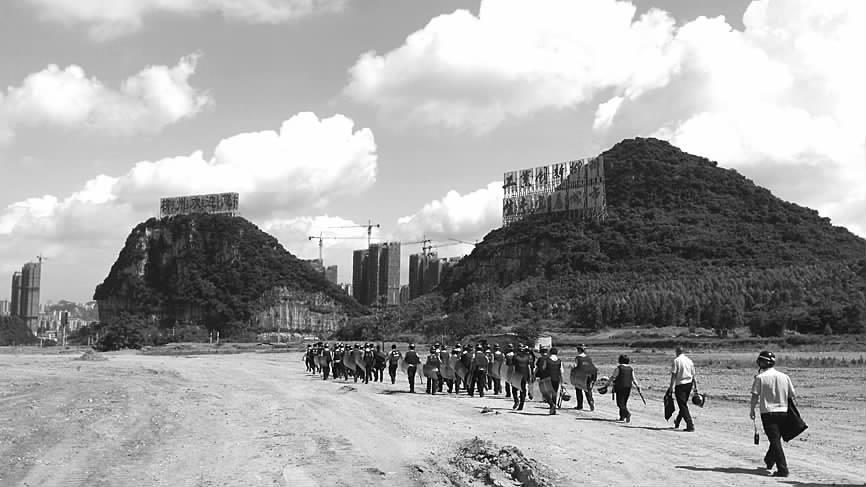 柳州:违法租用耕地搭建养殖棚 当事人被拆除违